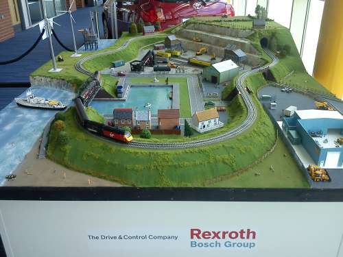 Professional Layout Services - professional model railway